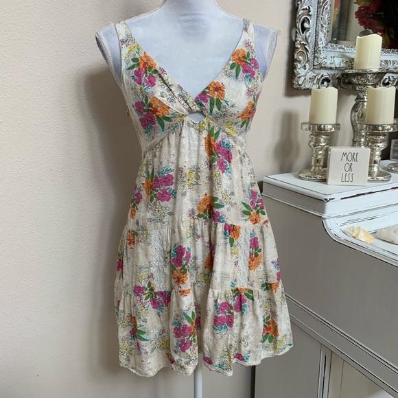 Billabong Dresses & Skirts - Billabong Floral Dress Size M 0058